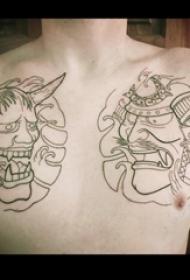 男生胸口上黑色线条创意日本元素般若纹身图片