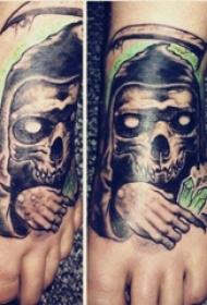 死神镰刀纹身图案  女生脚背上死神镰刀纹身图片