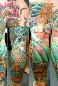 大海风景纹身  男生腿上彩绘的大海风景纹身图片