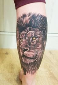 狮子王纹身 三张帅气的黑灰色狮子纹身图片