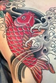 纹身锦鲤图案   寓意吉祥的锦鲤纹身图案