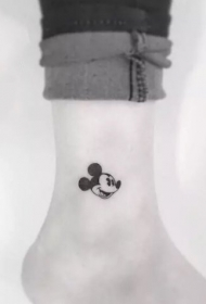 小图案纹身图片  简单却又十分清新的小图案纹身图案