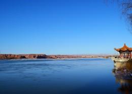 碧蓝的天空和湖水图片(14张)