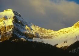 峻峭的雪山图片(10张)