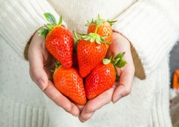 新鲜可口的草莓图片(15张)