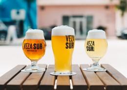 杯子里的啤酒图片(10张)