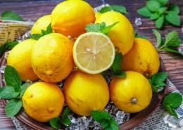 放在桌上的水果图片(8张)