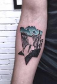 创意黑色点刺和蓝色搭配的纹身欣赏