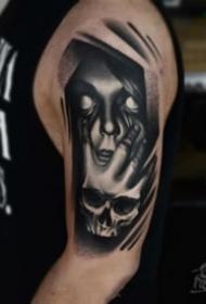 面具主题的一组恐怖纹身图片