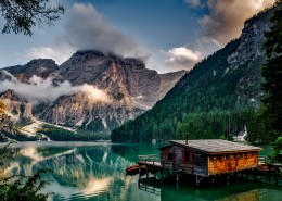 湖边小屋风景图片(10张)