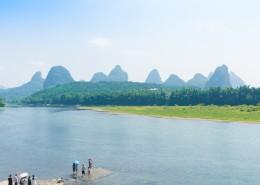 广西桂林漓江自然风景图片(9张)