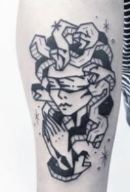 26张好看的小清新黑色系纹身图案