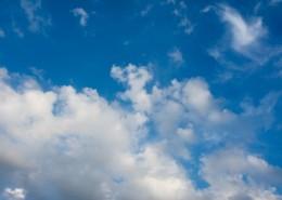 蓝天白云美丽风景图片(15张)