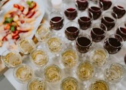 聚会上的葡萄酒图片(10张)