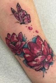 纹身莲花  出淤泥而不染的圣洁莲花纹身图案