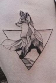 三角形纹身图案 多款黑灰纹身几何图案的三角形纹身图案