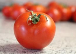 新鲜鲜红的番茄图片(10张)