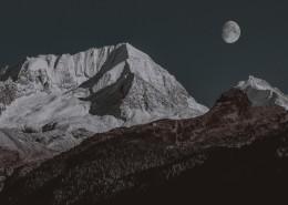 晶莹纯净的月亮图片(10张)