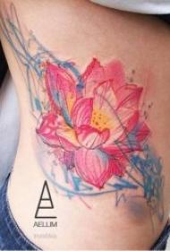 莲花纹身图案 10款多种风格的莲花纹身图案