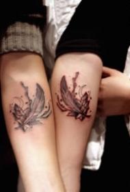 恋人纹身图 一组9张小清新成对情侣纹身图片