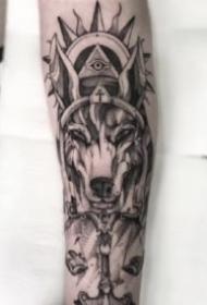 包臂设计纹身 好看的一组包臂设计点刺纹身图片