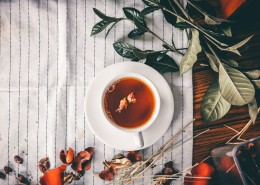 装满茶水的杯子图片(10张)