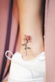 脚踝小纹身 精致的一组女生脚踝处赵小清新的纹身图