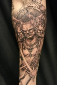 帅气包臂纹身 传统风格的9张包小臂和包小腿的纹身作品