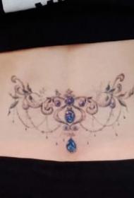 女生花朵纹身 彩色的一组适合女孩子的花卉纹身图片