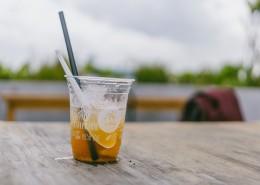 塑料杯里的饮料图片(11张)
