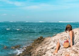 海边的美女图片(13张)