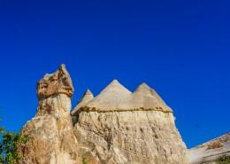 土耳其卡帕多奇亚神秘的自然风景图片(9张)