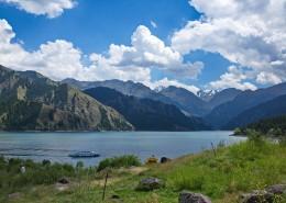 新疆天山自然风景图片(8张)