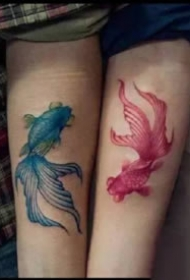 18款情侣的成对简约小图纹身作品