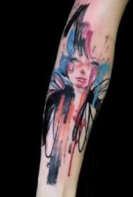 9款小清新感觉的水彩色泼墨纹身图案