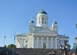 白色圣洁的赫尔辛基大教堂图片(10张)
