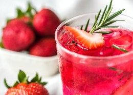 清凉的水果果汁图片(11张)