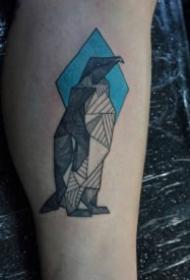 企鹅纹身 9款好看的几何线条企鹅纹身图片