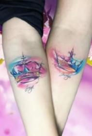 情侣皇冠纹身 17款适合情侣的小清新皇冠纹身图案