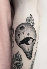 纯黑色的18款个性手臂小黑图纹身作品