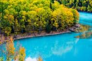 新疆喀纳斯湖金秋风景图片(11张)