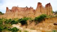 云南元谋浪巴铺土林风景图片(10张)