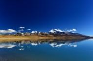 西藏神山圣湖美景图片(9张)