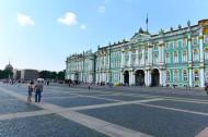 俄罗斯冬宫广场风景图片(8张)