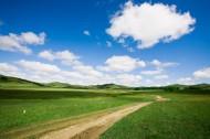 乌兰木统草原道路图片(13张)