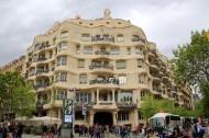 西班牙巴塞罗那高迪建筑风景图片(15张)