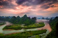 广西桂林漓江风景图片(9张)