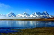 西藏卓木拉日峰风景图片(9张)