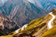 新疆独库公路风景图片(8张)