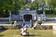 德国亮泉宫风景图片(8张)